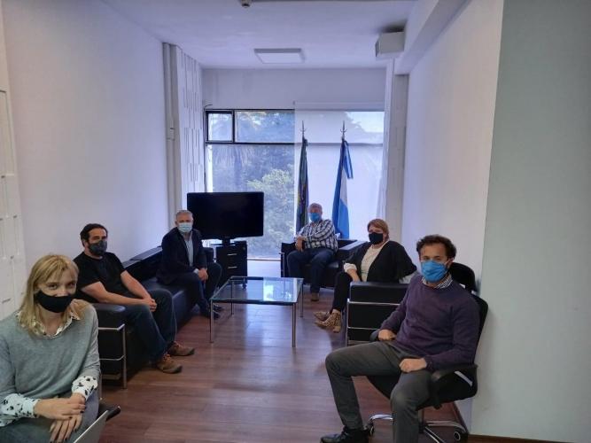 Reunión entre Seguridad Vial, Municipio de La Plata y ONG Corazones Azules