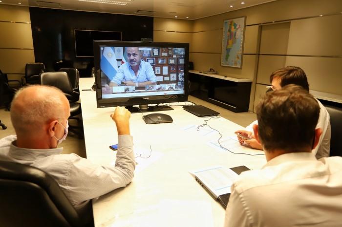 Kicillof se reunió con intendentes del Área Metropolitana de Buenos Aires