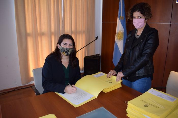Firma de escrituras