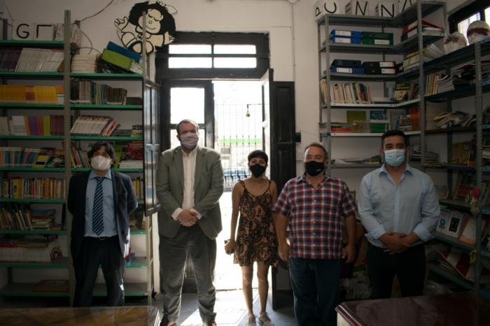 La Provincia extendió la tenencia gratuita del edificio donde funciona una biblioteca popular en Monte Chingolo