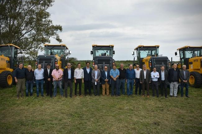 reparación de 4 mil kilómetros de caminos rurales troncales en la Provincia