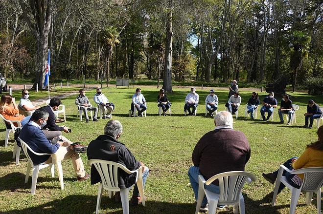 El ministro presentó los programas vigentes a productores de Maipú y G. Alvarado