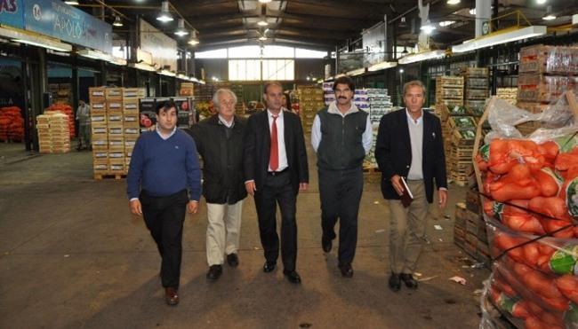Firmamosun convenio de cooperación con el Mercado Central y la organización Nilus para evitar el desperdicio de los alimentos,