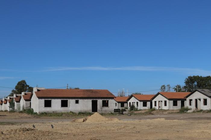 Avanza la construcción de viviendas