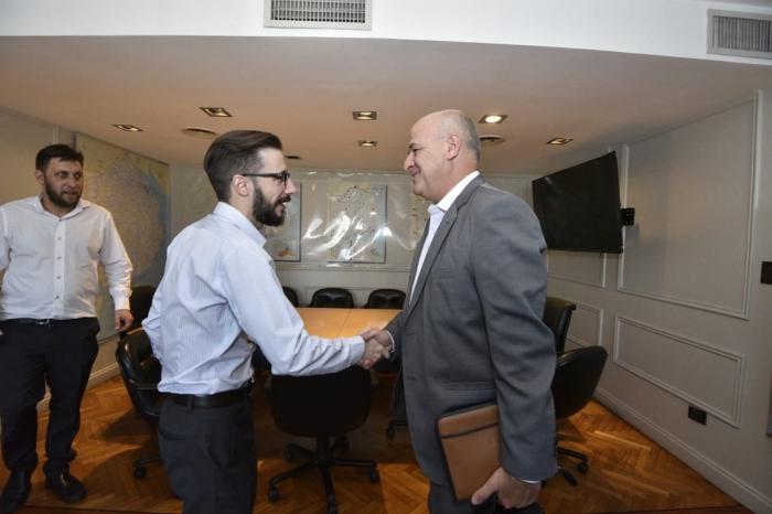 El ministro Simone y el intendente Uset en la reunión
