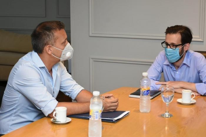 Simone y Lovera en la reunión