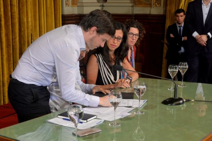 Costa y Kicillof firmaron un convenio por Precios Cuidados