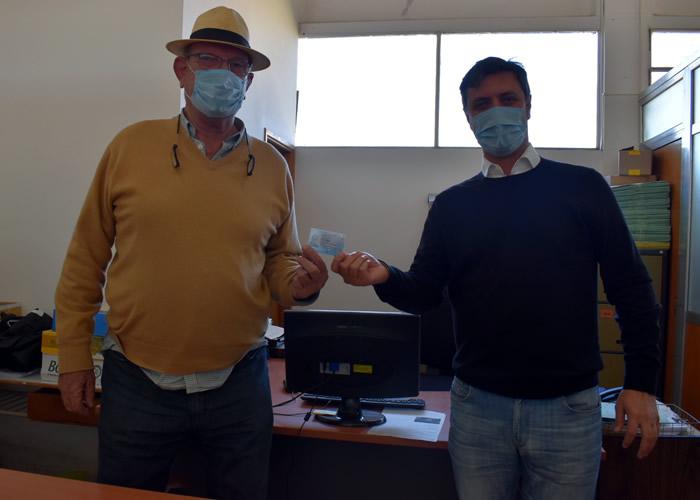 El subsecretario de Transporte, Alejo Supply, puso en funcionamiento la impresora en Florencio Ameghino.
