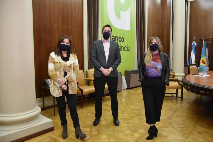 """Estela Díaz: """"En contexto de pandemia el gobierno bonaerense y el Banco Provincia están ampliando derechos"""""""