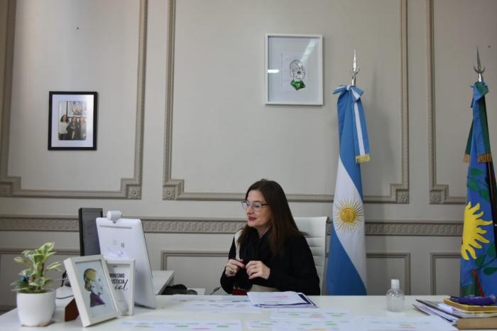 La Ministra Estela Díaz presentó un informe de gestión en el Senado