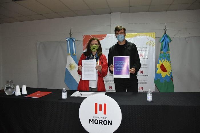 Firma del convenio de Comunidades sin Violencias en Morón