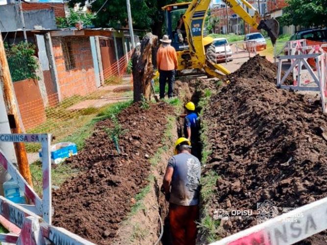 Inicio de obra para abastecer de agua potable a vecinos y vecinas de Puerta de Hierro