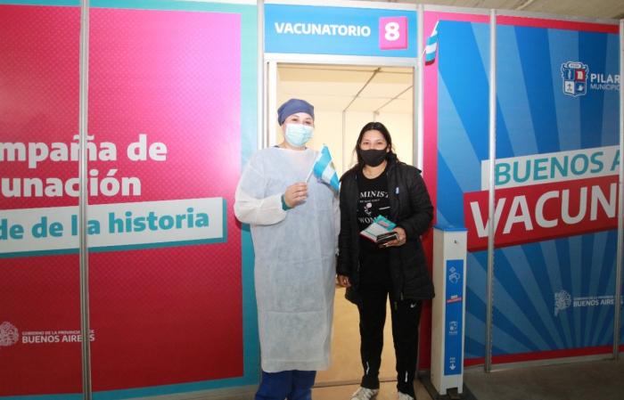 Jornadas históricas de vacunación: 350 mil bonaerenses inmunizados