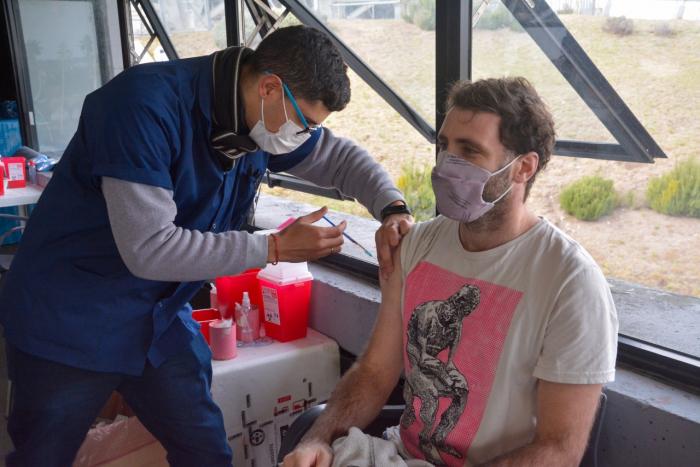 Los eventos post vacunación en los/as voluntarios del estudio fueron leves.
