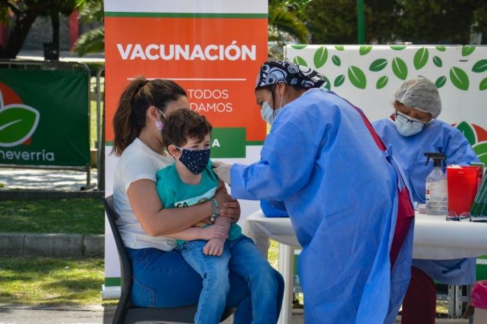 La Provincia desarrolló estrategias para ampliar la vacunación en plena contingencia por COVID-19.