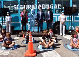 Supply recorrió junto a Alak el Bus Vial y el Colectivo de Derechos.