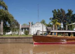 El Ministerio de Gobierno puso a disposición de los pobladores de la Isla Martín García un servicio semanal de lancha transporta