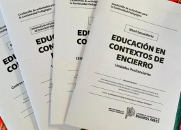 Cuadernillos de continuidad pedagógica impresos por el Estado Bonaerense