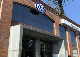 Supply recorrió los talleres de Buswagen en Avellaneda