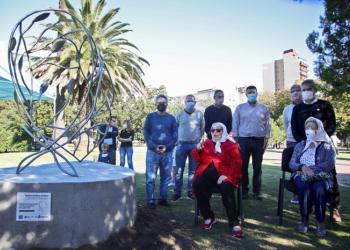 Homenaje a las Madres de Plaza de Mayo