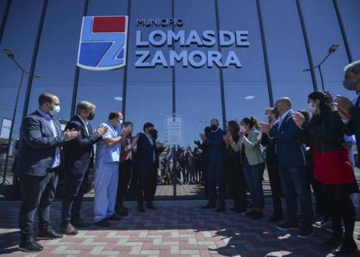 Lomas de Zamora: Insaurralde y Kicillof inauguraron dos hospitales