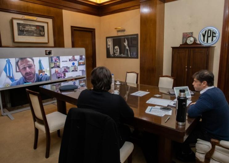 Kicillof se reunió con intendentes para evaluar la situación epidemiológica de sus distritos