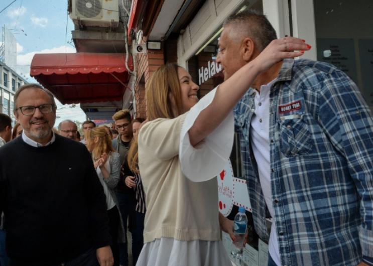 Vidal estuvo hoy en la localidad de Ciudadela del partido de Tres de Febrero donde recorrió el Centro de Atención Primario.