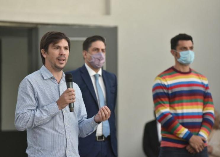 Thea inauguró las nuevas instalaciones de una escuela de General Rodríguez