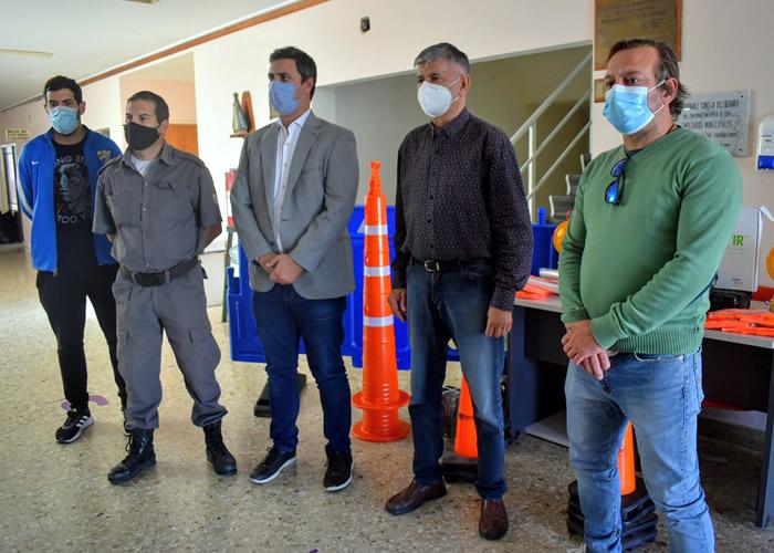 Transporte dotó de alcoholímetro y kit de seguridad vial a Roque Pérez