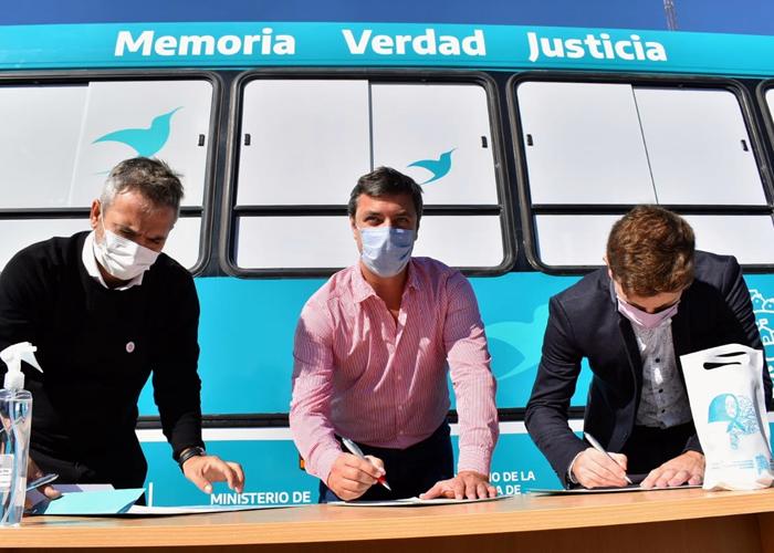 Transporte y Unión Platense cedieron un colectivo a Derechos Humanos