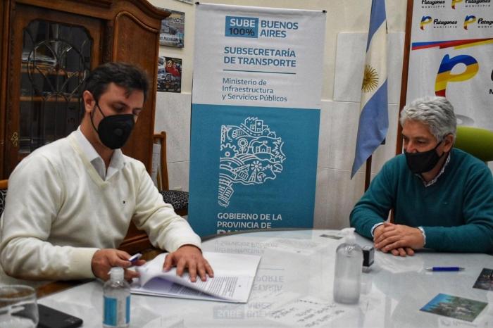 El subsecretario de Transporte Alejo Supply firmó el acta de implementación de SUBE 100% Buenos Aires