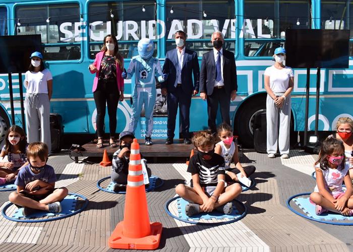 Supply recorrió junto a Alak el Bus Vial y el Colectivo de Derechos